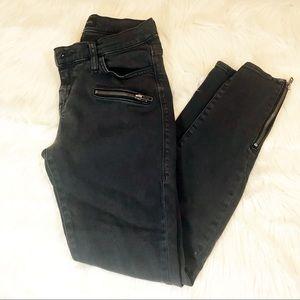 Rock & Republic skinny zipper size 4 black jeans